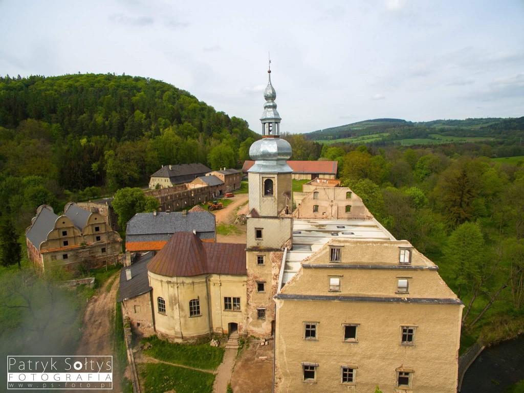 Zamek Sarny z drona